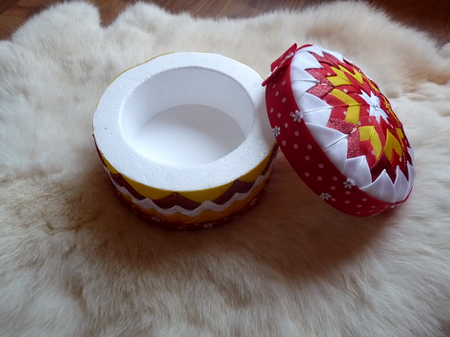 patchwork handmade sperkovnica